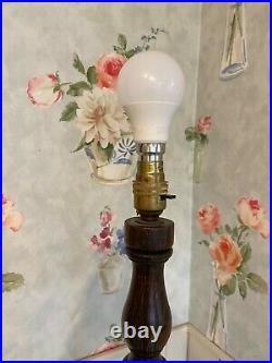 Beautiful rare antique vintage wooden barley twist standard lamp